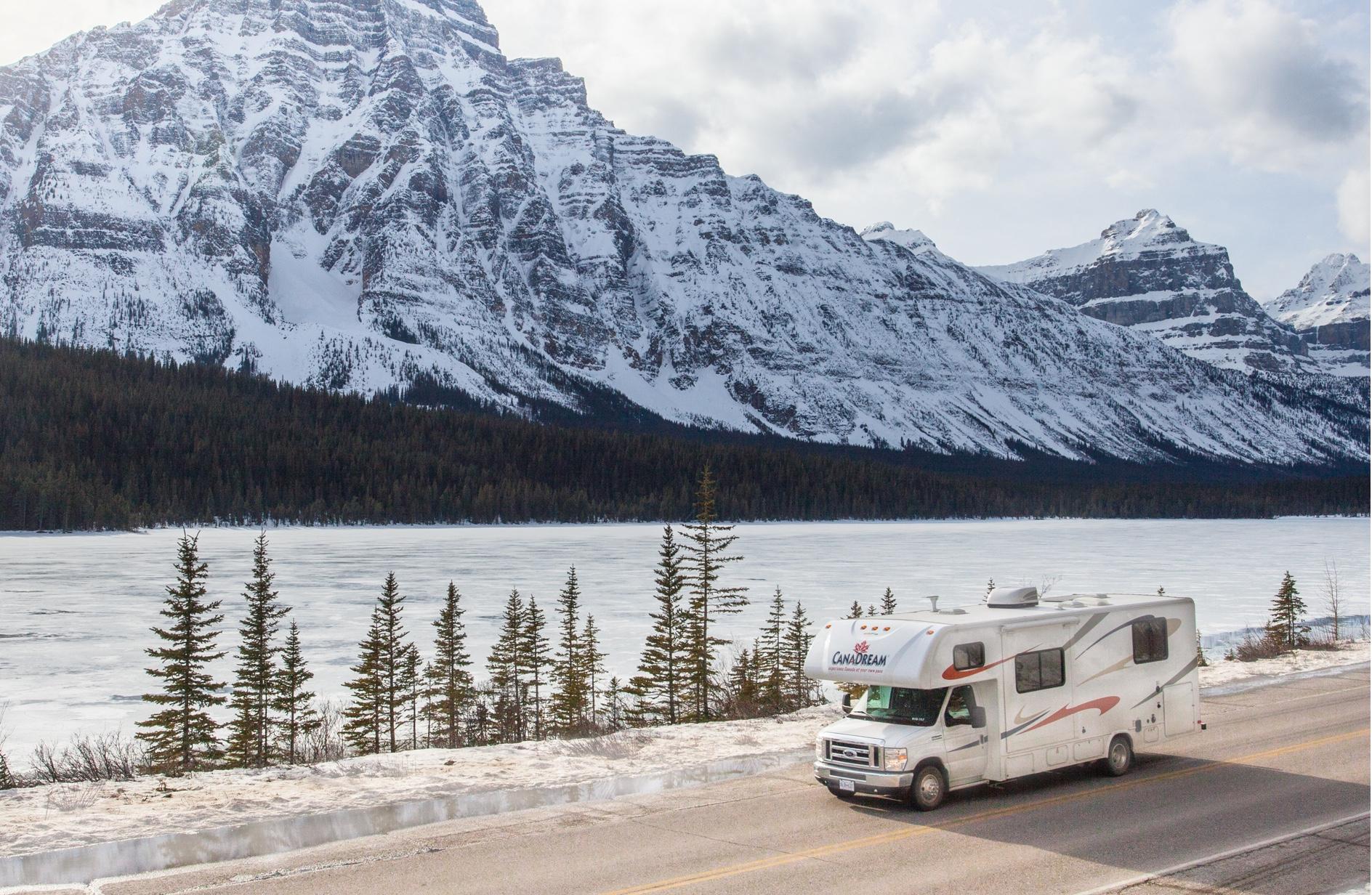 Introducing The Ski Week- Canada