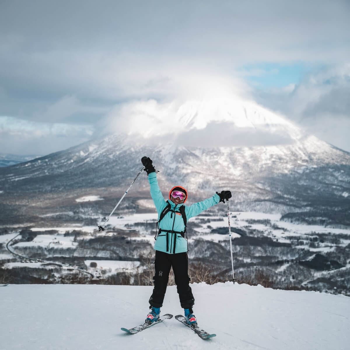 Niseko ski The Ski Week Japan CREDIT Asa Steinars AW0I5713